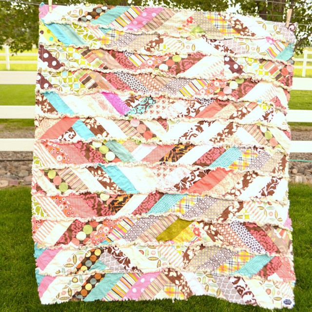Favorite Fall Quilts 60 Free Quilt Patterns Seams And Scissors Stunning Free Rag Quilt Patterns