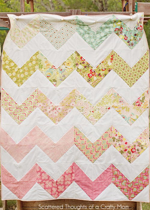 The Cutest Quilt Patterns: Chevron Edition - Seams And Scissors : pattern for chevron baby quilt - Adamdwight.com