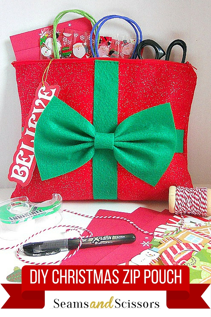 DIY Christmas Zip Pouch