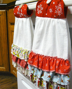 Ruffled Hanging DIY Dishtowel