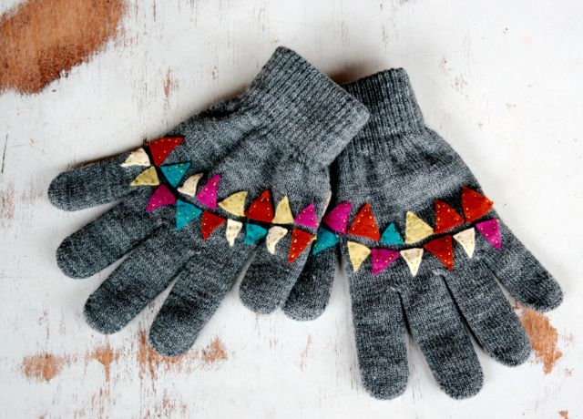 Bunting Inspired Winter Gloves