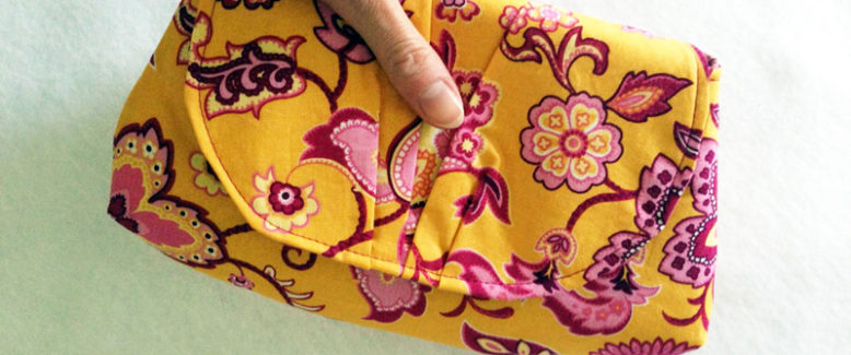 29 Wristlet Sewing Patterns: Clutch Patterns and More