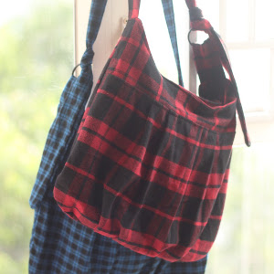 Pretty in Plaid Wool Purse
