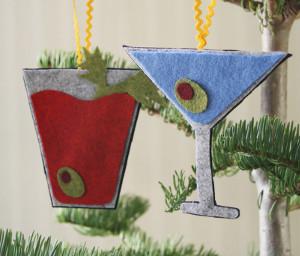 DIY No-Sew Cocktail Ornament