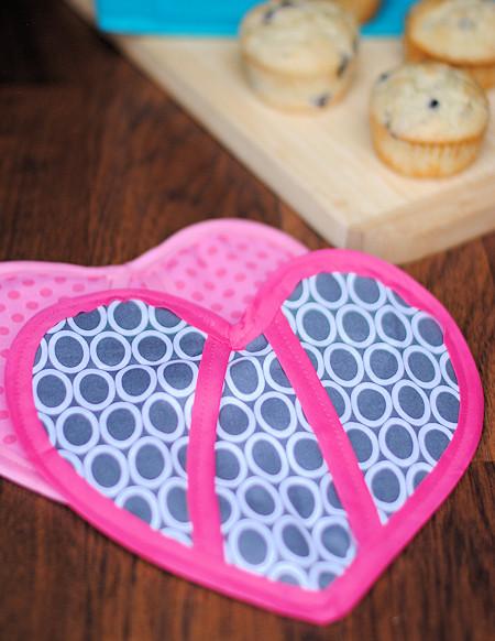 Heart Shaped Pot Holder