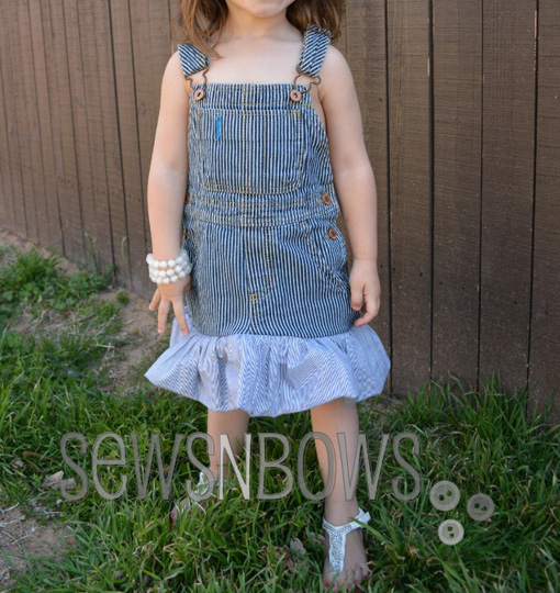 overalls_to_dress_how_to