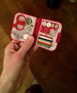 portable-sewing-kit