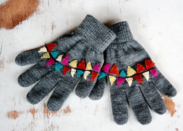Bunting Inspired Winter Gloves