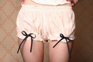 How to Make Madeleine Mini Bloomers