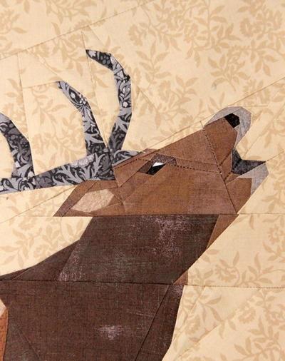 Roaring-Deer-Quilt-Block