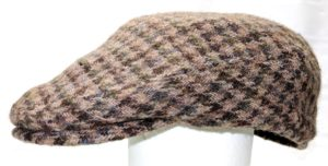 Side view Scottish flat cap